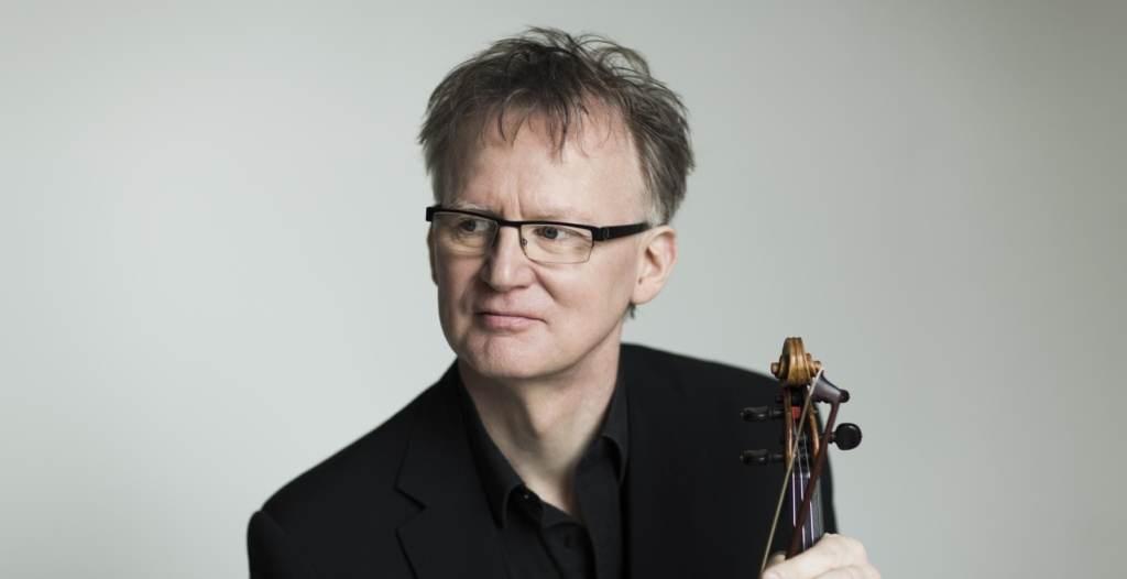 Thomas Bowes with violin