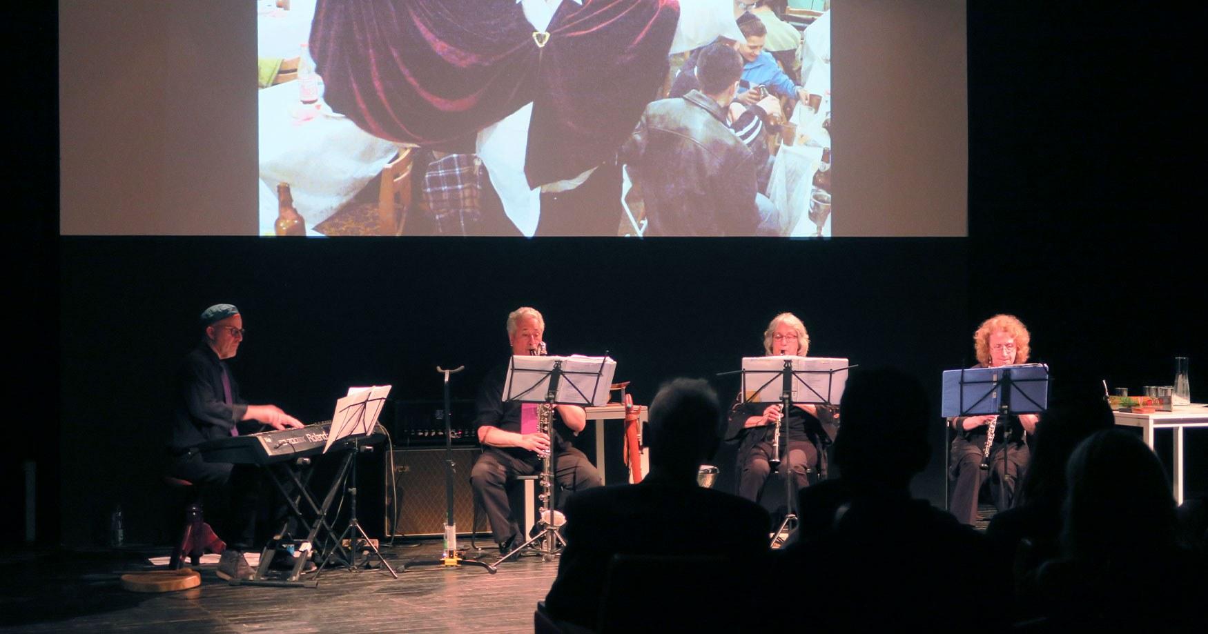 Hevreh Ensemble on Stage